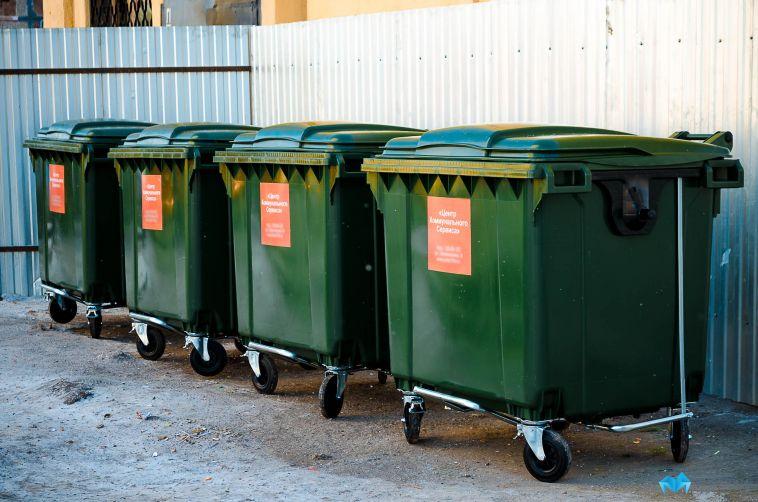 В магнитогорских школах отсутствуют мусорные контейнеры