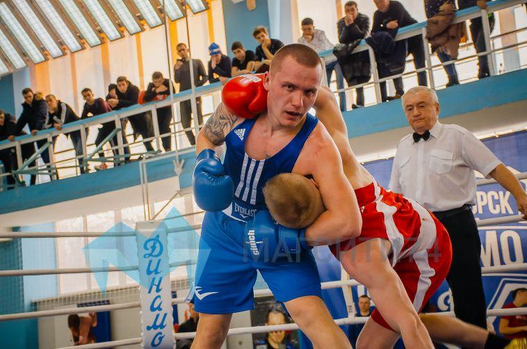 ВМагнитогорске проходят городские соревнования побоксу