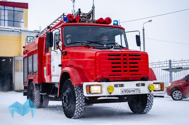 Магнитогорские пожарные спасли из сугробов на трассе более 20 человек