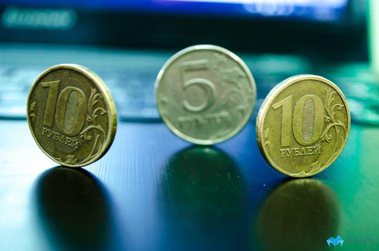Курс доллара на рынке превысил 80 рублей
