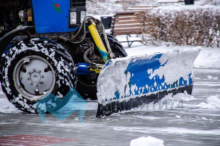 Нерастаявший снег активно вывозят с магнитогорских улиц
