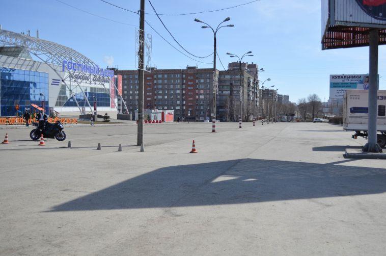 Город — на карантине? Наш корреспондент прогулялся по улицам Магнитогорска