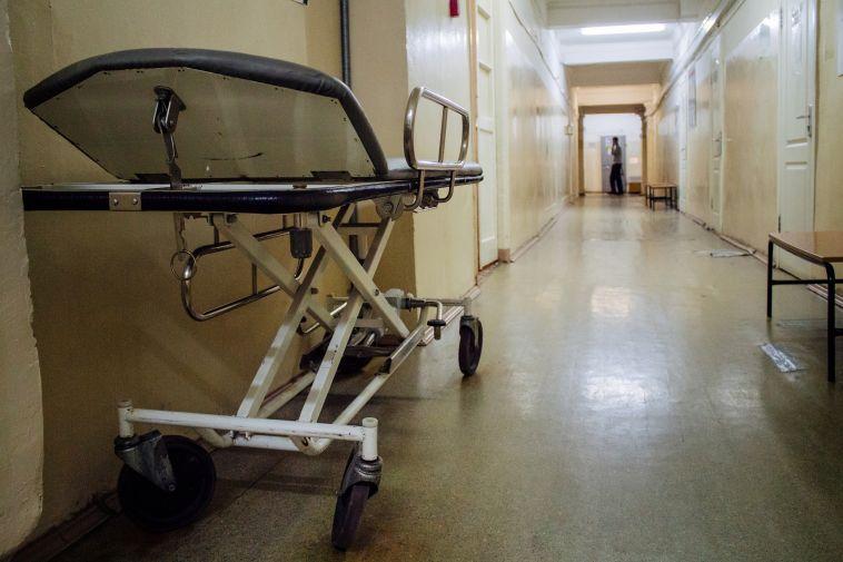 В Магнитогорске целый подъезд самоизолировали после смерти соседа от пневмонии