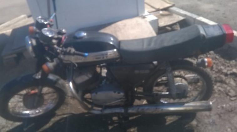 Полицейские нашли угнанный у магнитогорца мотоцикл «Ява»