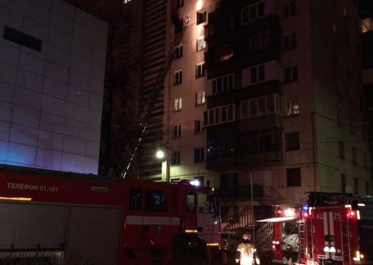 Мужчина пострадал во время ночного пожара в Магнитогорске