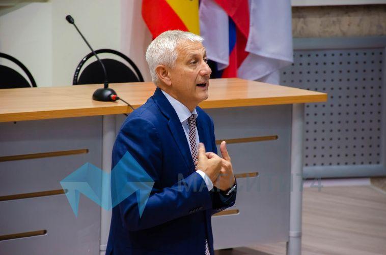 Глава Магнитогорска ухудшил свои позиции в рейтинге мэров