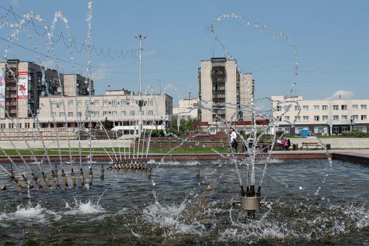 В Магнитогорске запускают фонтаны