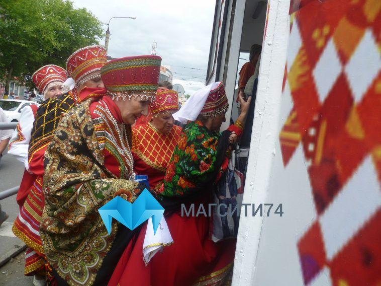С Днём города магнитогорцев поздравит музыкальный трамвай