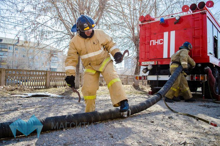 Засутки вМагнитогорске сгорело два автомобиля