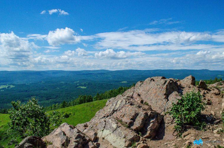 Туристку из Магнитогорска придавило каменной глыбой в горах Башкирии