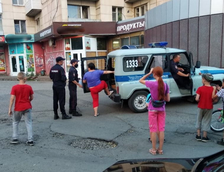 В Магнитогорске посетительница магазина устроила скандал