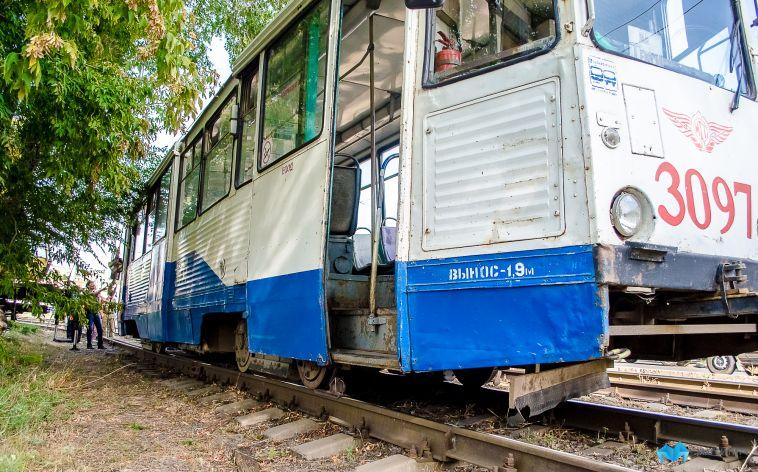 Шесть трамвайных маршрутов изменят движение из-за ремонта путей