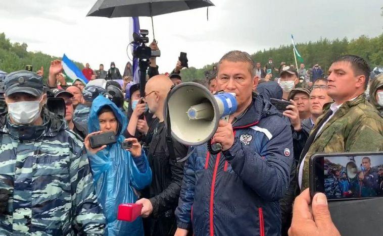 «Воевать — хватит»: глава Башкирии поручил создать совет по вопросу Куштау
