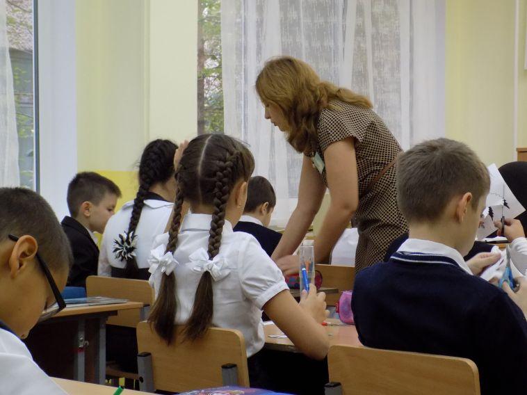 Более полусотни магнитогорских школьников получат бесплатно цифровое оборудование для дистанционного обучения