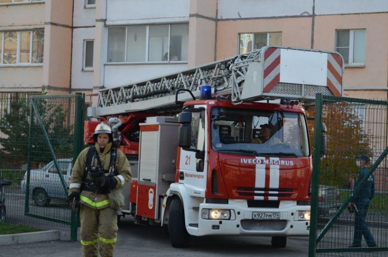 Вновой школе прошли пожарно-тактические занятия