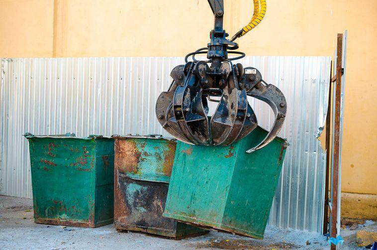 Коммунальщики подали в суд, чтобы не обустраивать контейнерную площадку во дворе
