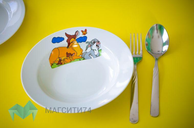 В детском саду на Южном Урале перестали кормить детей из-за болезни поваров