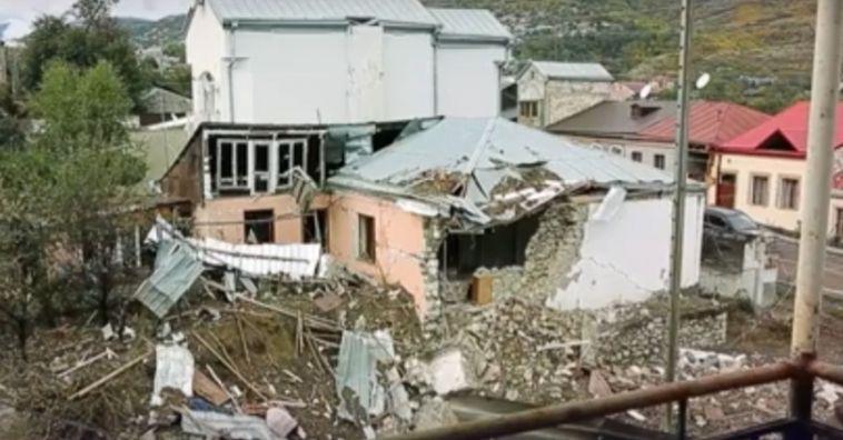 Азербайджан заявил о 13 погибших в результате обстрела военными Армении
