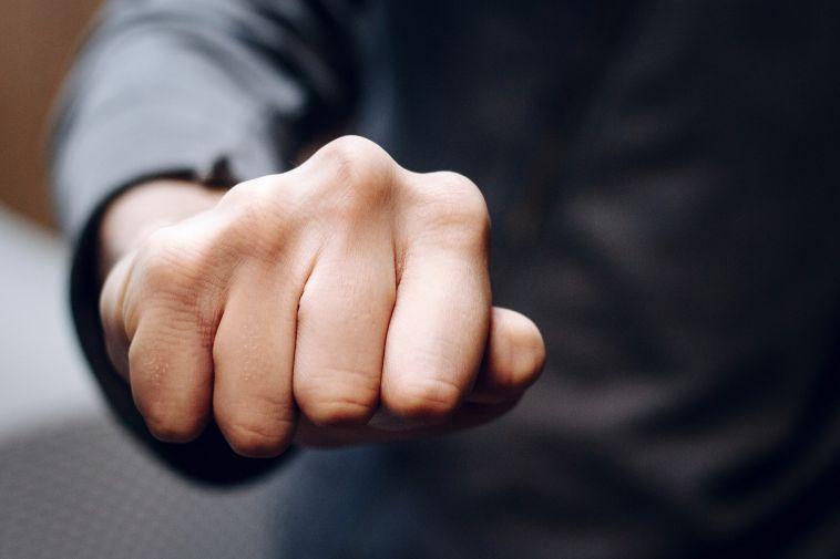 Подполковника полиции изЧелябинской области обвинили впьяном дебоше