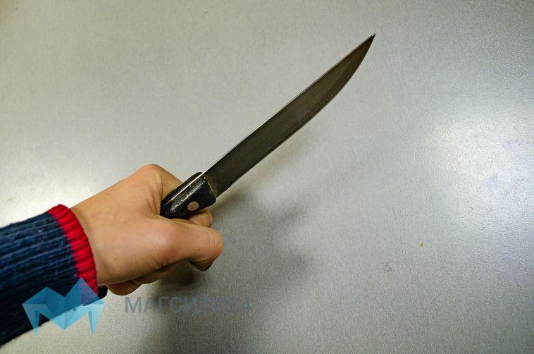 ВЧелябинской области подросток ударила подругу ножом