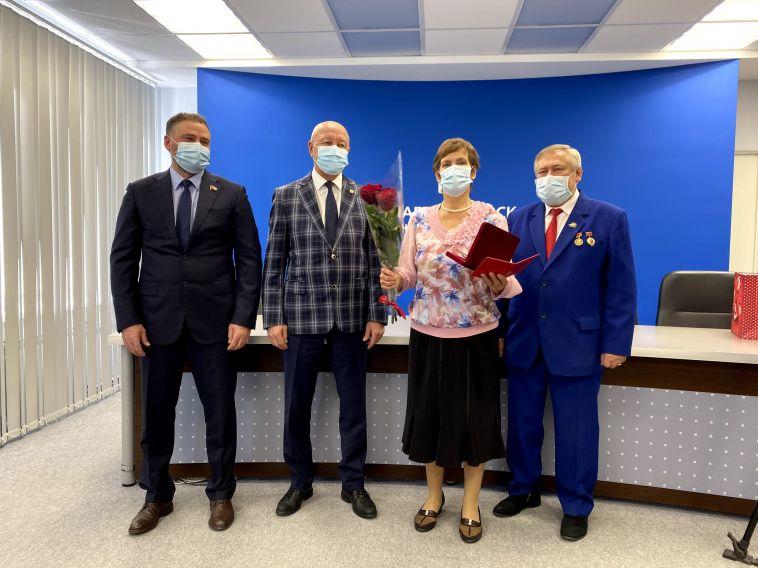 Депутаты наградили лауреатов премии «Общественное признание»