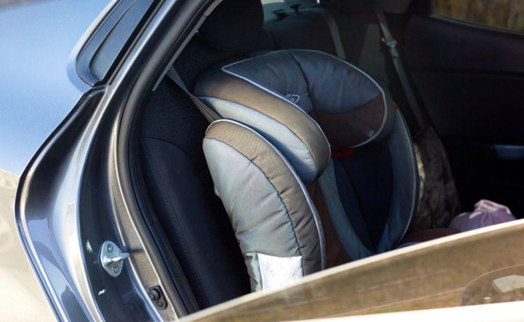 Сотрудники ГИБДД проверили, как водители соблюдают правила перевозки детей
