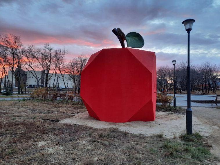 В парке у Вечного огня появился новый арт-объект