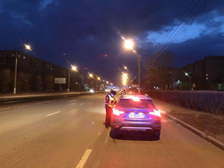 Инспекторы оштрафовали 9 водителей за неправильную перевозку детей