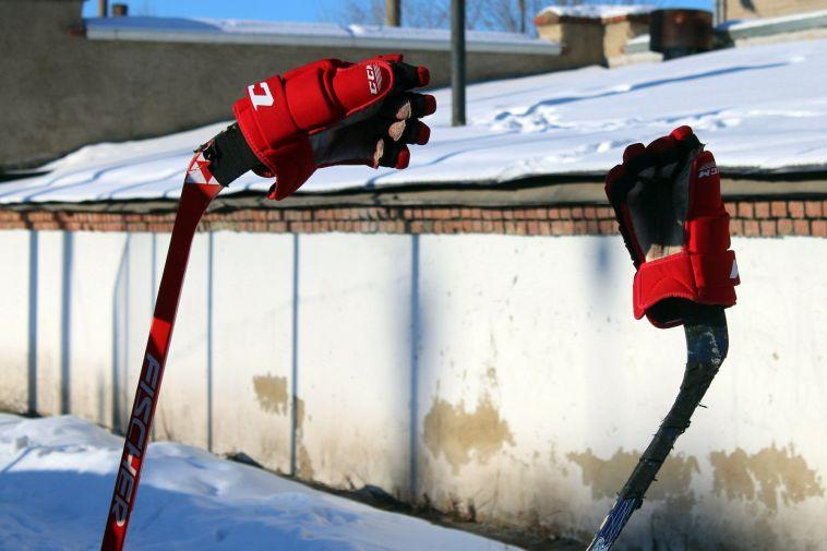 ВМагнитогорске зальют более 50 хоккейных коробок
