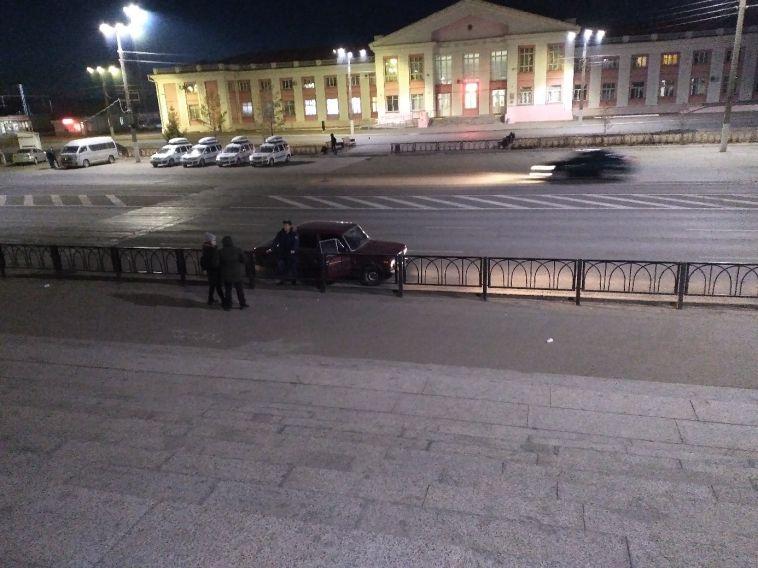 «Люди прыгают через забор»: горожане вновь выступили против демонтажа пешеходных переходов