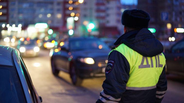 В Магнитогорске задержали пьяную женщину за рулем