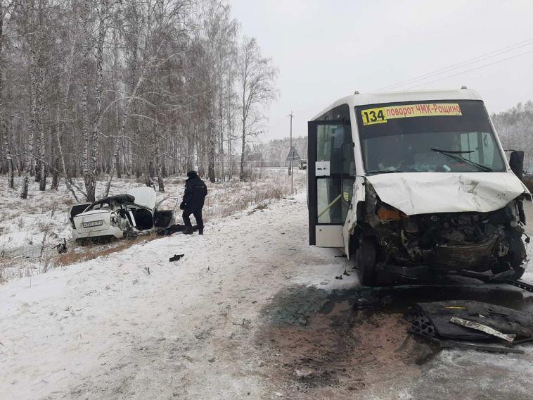В Челябинской области в лобовом столкновении погибли две девушки