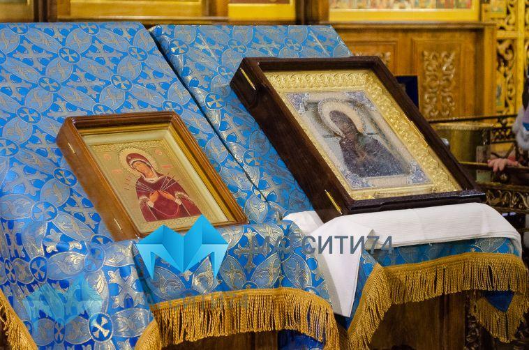 Верующие смогут помолиться у мироточивой иконы «Умягчение злых сердец»