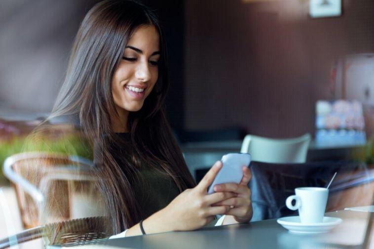 Качать и говорить одновременно: челябинцам стала доступна новая технология связи от МегаФона
