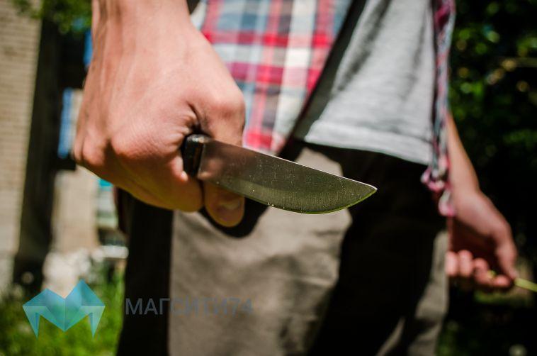 В Башкирии мужчина зарезал кондуктора на остановке