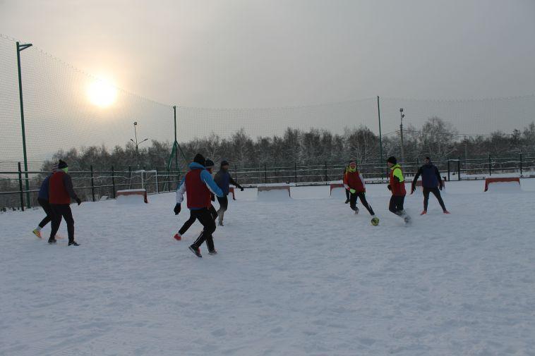 Начали год спортивно. В Магнитогорске прошёл матч по мини-футболу