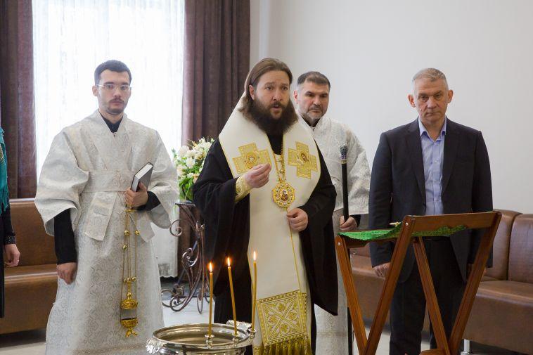 Теперь получить средства на погребение в размере 10,5 тысяч рублей могут не только родственники тех, кто работал на ММК