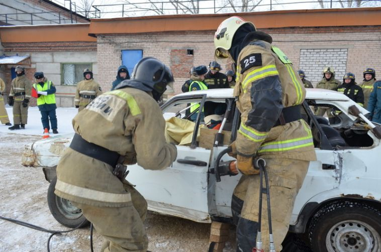 ВМагнитогорске прошли соревнования для пожарных
