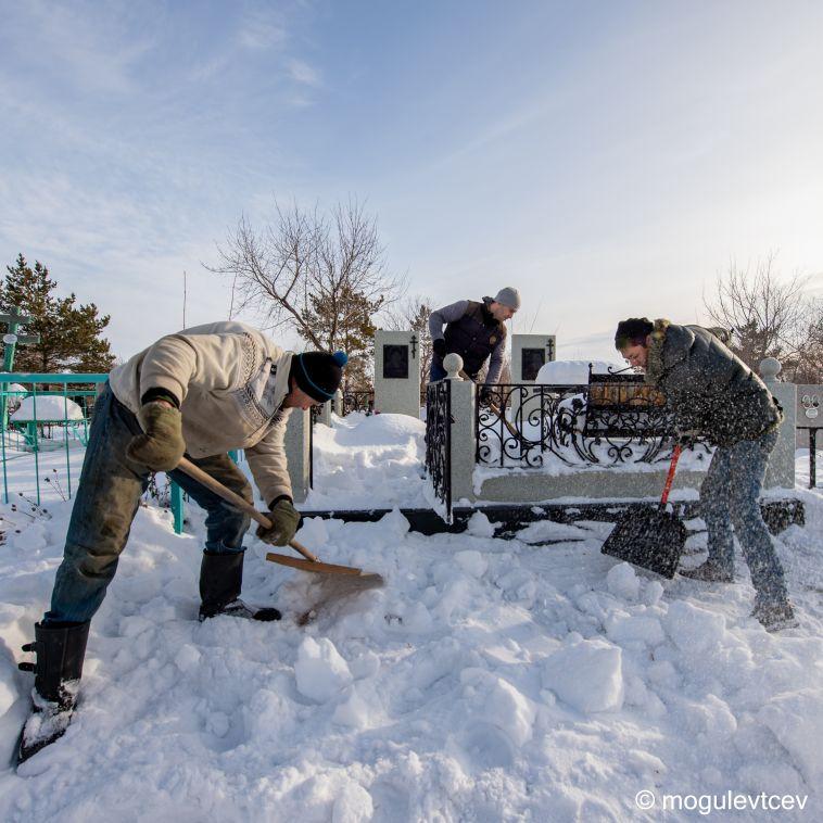 «Дом для усопшего»: специалисты компании ЕвроСервис готовы оказать полный комплекс услуг по благоустройству захоронения