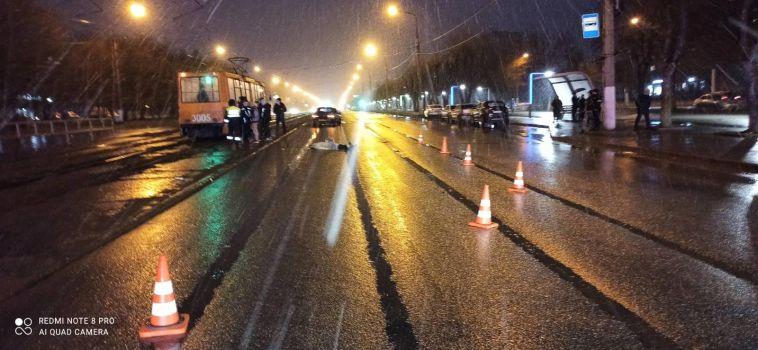 ВМагнитогорске погиб водитель, пытаясь обогнать велосипедиста