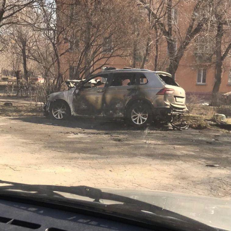 В одном из дворов Магнитогорска сгорел автомобиль