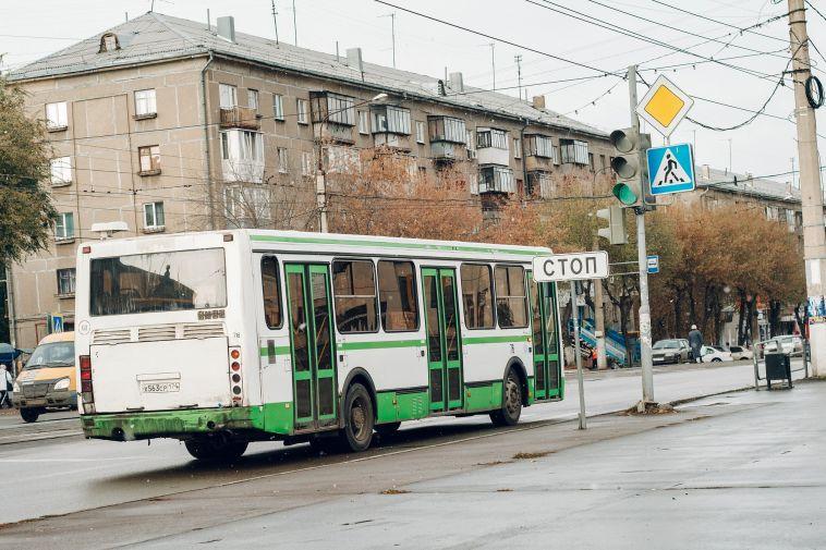 До30 тысяч рублей: кондукторы получат крупный штраф завысадку детей-безбилетников
