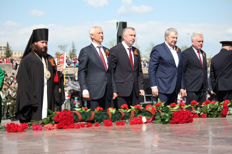 Мэр Магнитогорска поздравил горожан сднем Победы