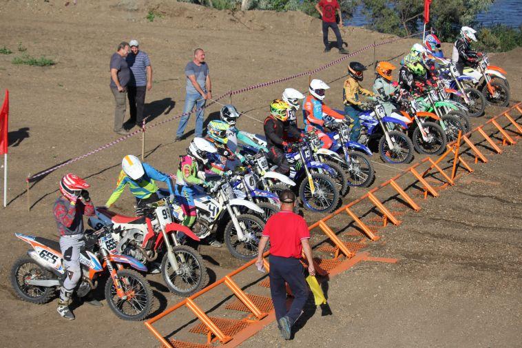 В Магнитогорске прошел чемпионат по мотоспорту