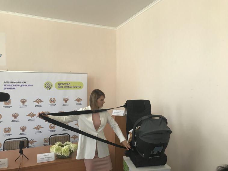 В «Центре охраны материнства и детства» родителей будут учить правильно перевозить детей в авто