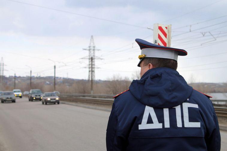 В Магнитогорске Госавтоинспекция разыскивает водителя, который сбил мужчину и уехал