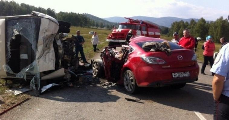 Авария, унёсшая три жизни. Видео от очевидцев