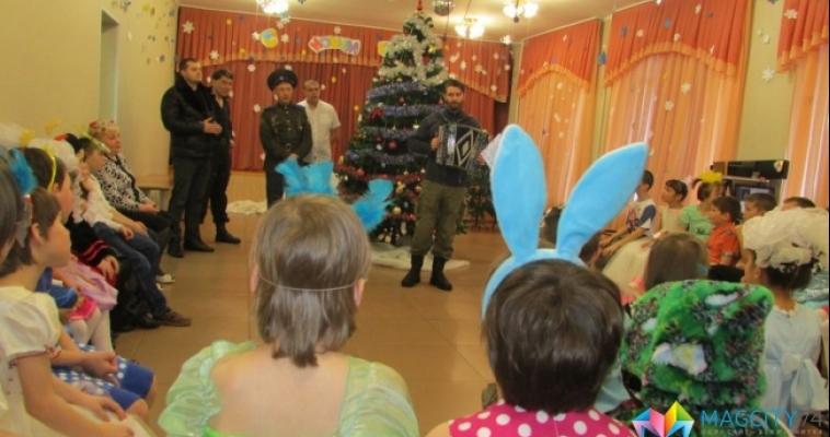 Магнитогорские казаки устроили несколько концертов