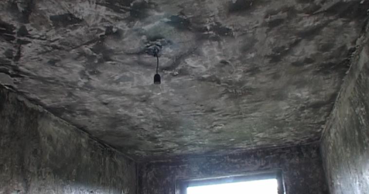 Пожар в доме по улице Московской. Сгорела кровать и натяжной потолок