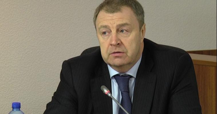 Виталий Бахметьев поздравляет магнитогорцев с Днем Защитника Отечества